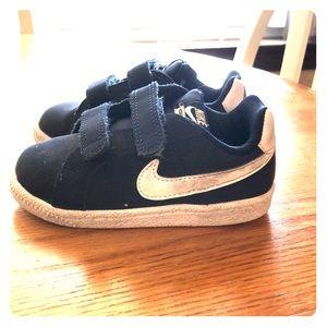 Nike court royals blue white toddler Velcro strap